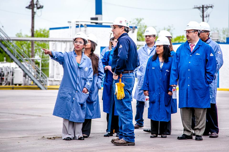 NuStar Energy Employee Photo