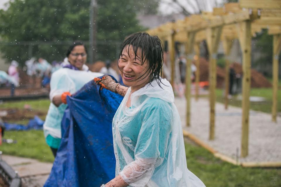 AbbVie employees participating in annual