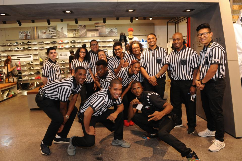 managerial functions within foot locker inc A new performance management system emphasizes team goals to increase collaboration and two-way performance feedback to keep associates on track to win focus on the future: a key philosophy at foot locker is the responsibility to focus on the future within our company and community our associate scholarship.