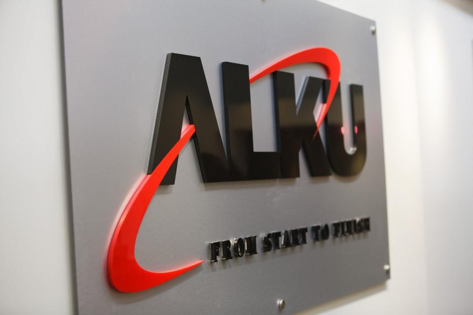 ALKU Sign!