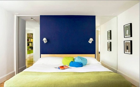 eric_roth_bedroom_blue_feature_wall_block_colors_modern.jpg