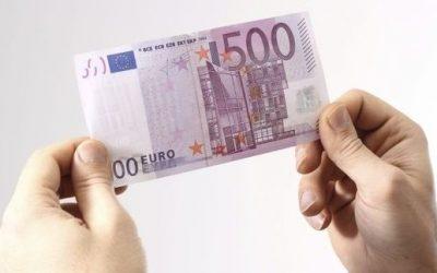 Recibe dos años después el billete de 500 euros que se encontró en el suelo de un bar