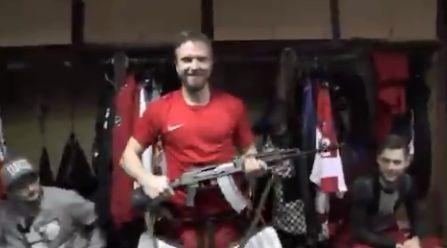 Un equipo de hockey sobre hielo premiará con un kalashnikov al MVP de cada partido