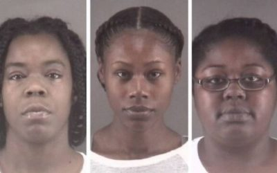 Tres mujeres acusadas de alentar una pelea en un asilo de ancianos en Carolina del Norte 😡😡