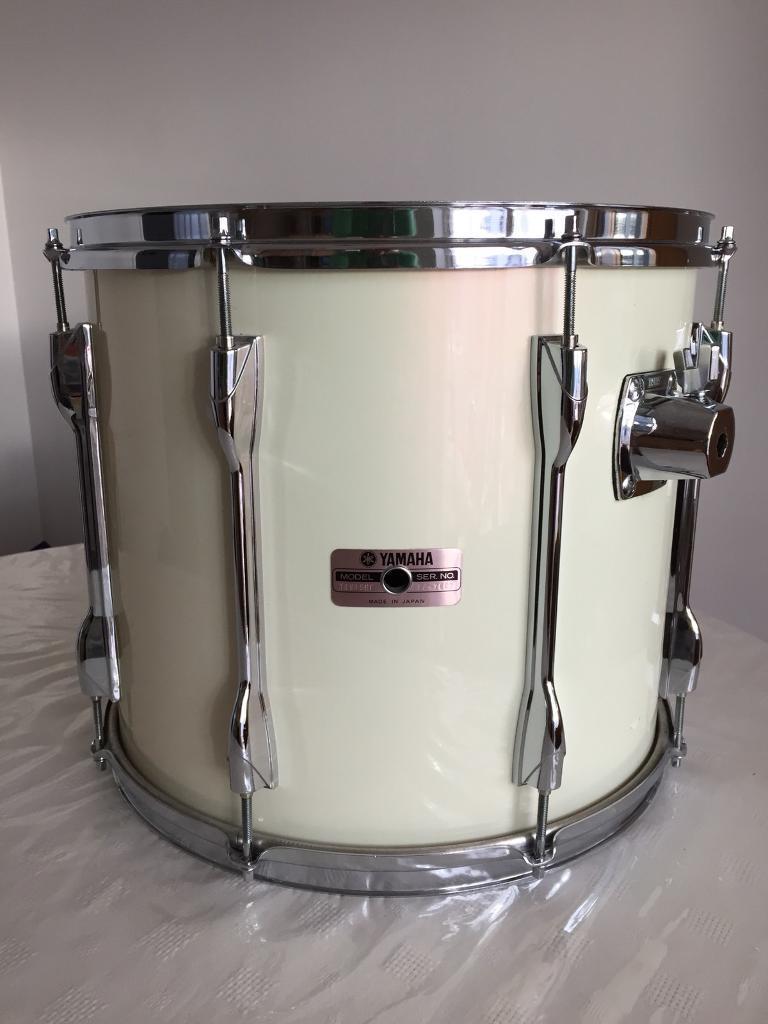 TT Yamaha Recording blanc 12'' x 10'' - -