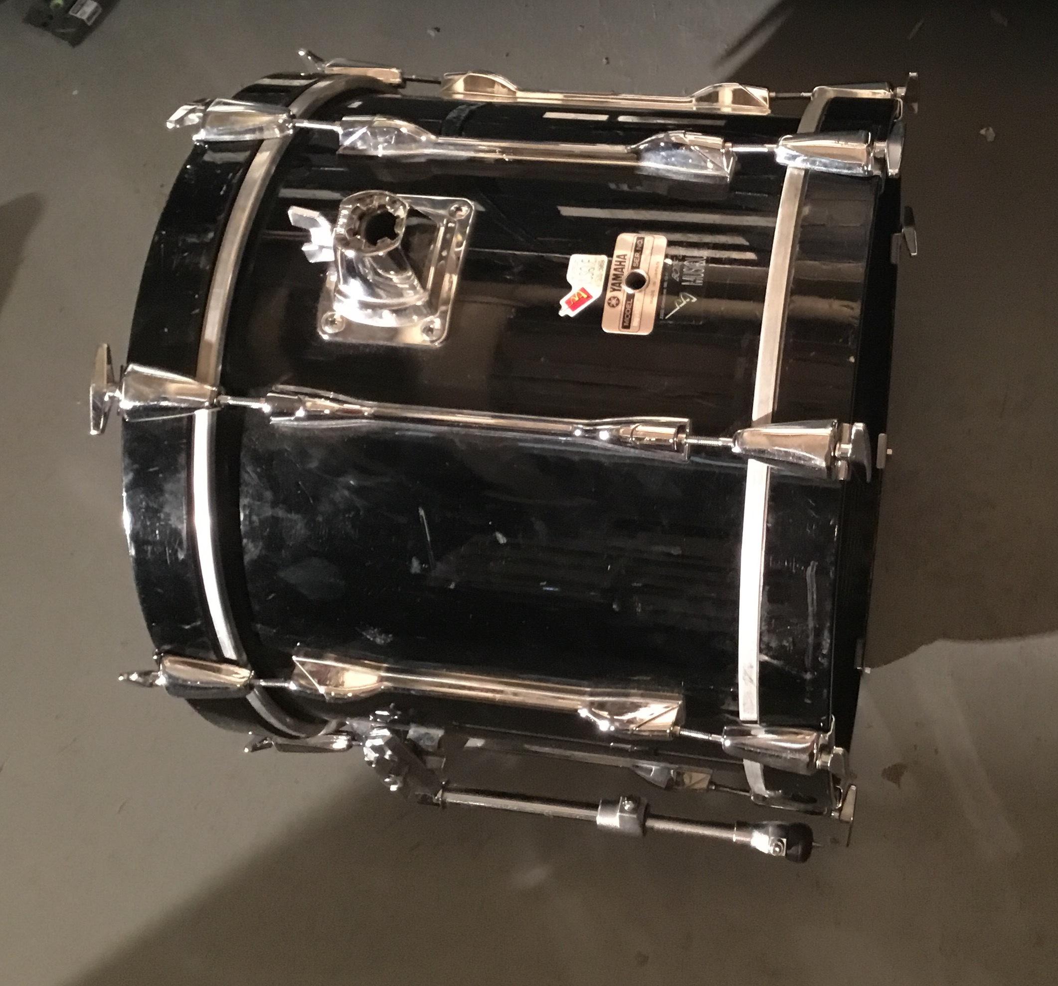 Bass Drum 18
