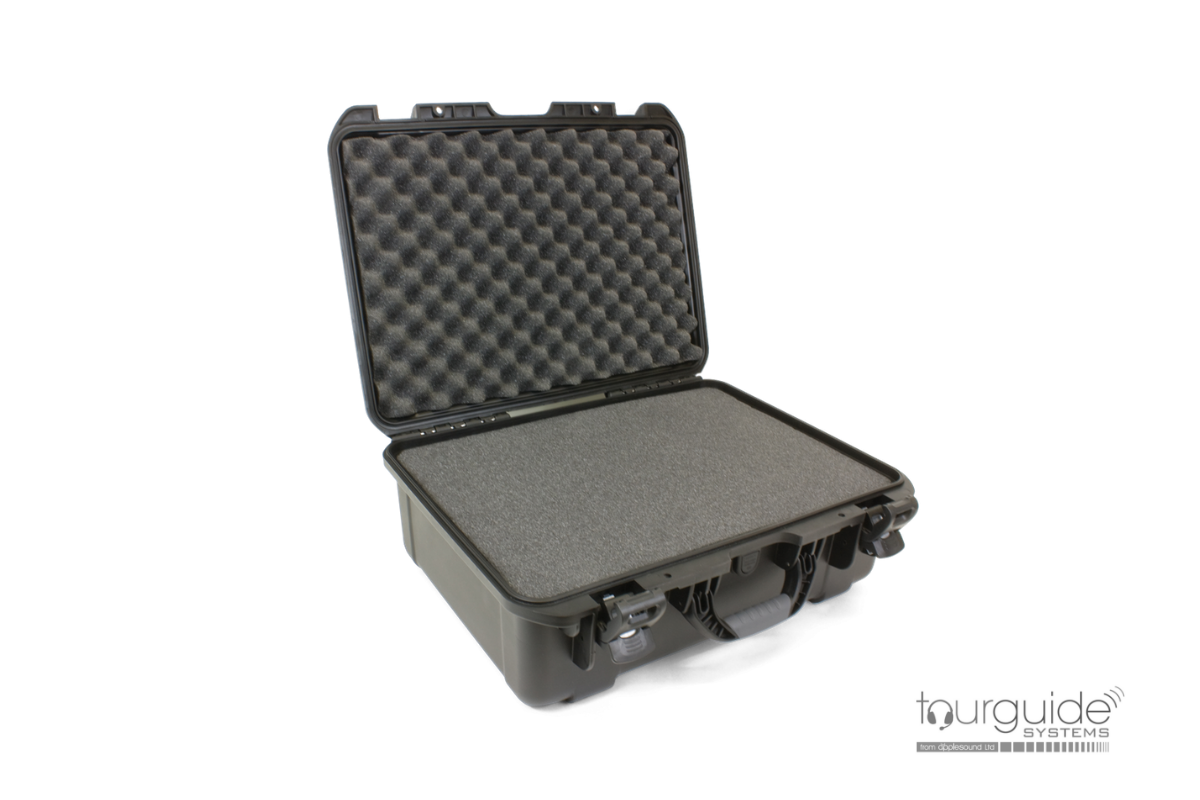 CCS 042 Heavy-Duty Carry Case for accessories or headphones