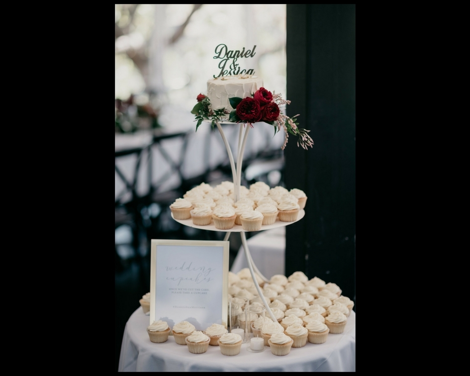 Iron cake stand - Splash Events, Noosa & Sunshine Coast