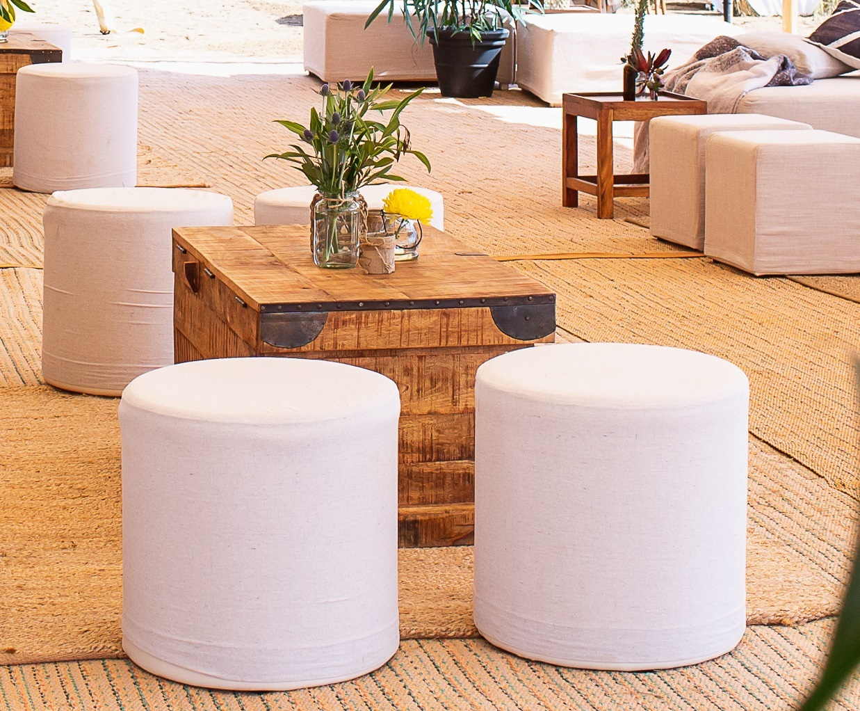 Round ottoman with natural cover - Splash Events, Noosa & Sunshine Coast