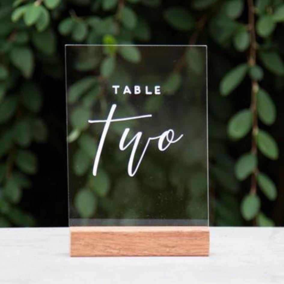 Acrylic table numbers - Splash Events, Noosa & Sunshine Coast