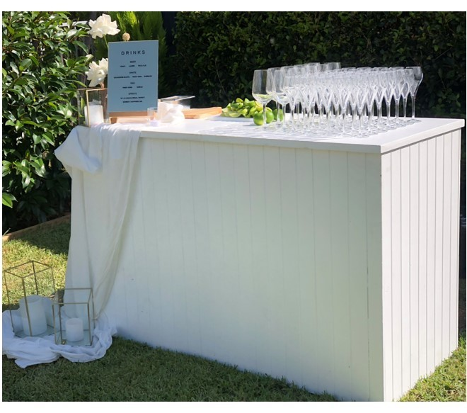 White slatted bar - Splash Events, Noosa & Sunshine Coast