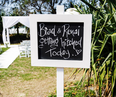 White Wooden blackboard sign - Splash Events, Noosa & Sunshine Coast