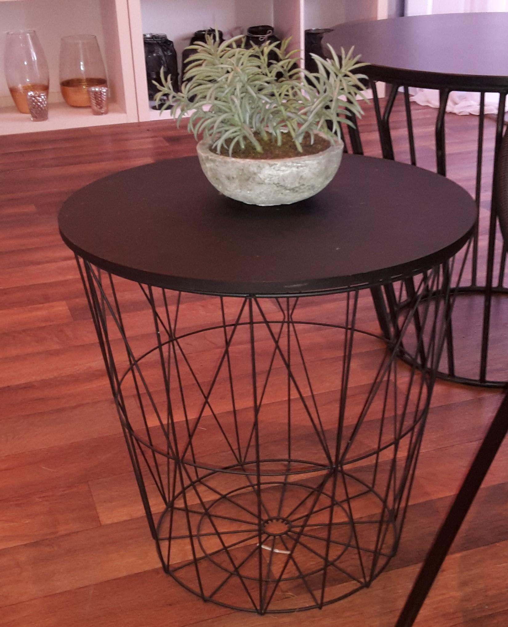 Small black wire side table - Splash Events, Noosa & Sunshine Coast