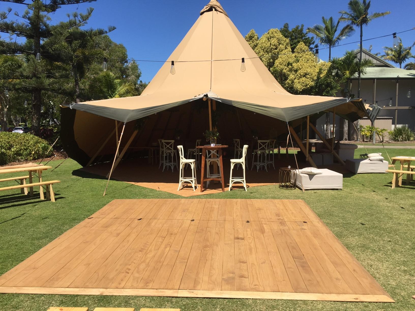 Outdoor dance floor - Splash Events, Noosa & Sunshine Coast