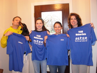Relay Team Wolver Cats T-Shirt Photo