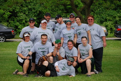 Emanon Softball 2010 T-Shirt Photo