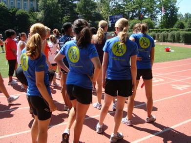 4 X100 Relay Team T-Shirt Photo