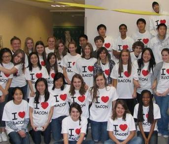 I Heart Bacon T-Shirt Photo