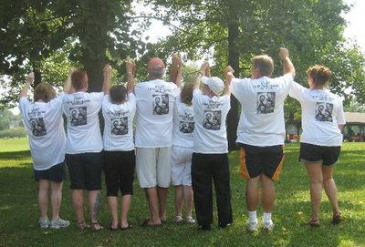 Klaiss Reunion T-Shirt Photo