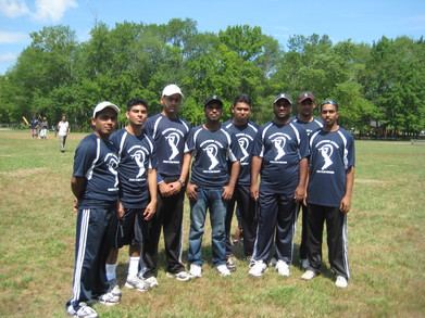 Richmond Kings Cricket Team T-Shirt Photo