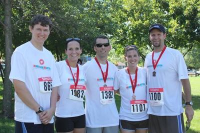 Team M.O.M. Gopher To Badger Half Marathon, Stillwater Mn T-Shirt Photo