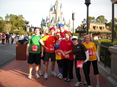 Snow White And The 7 Dwarfs Run The Disney 2011 Marathon T-Shirt Photo