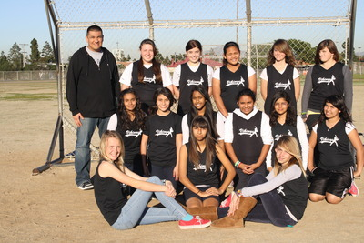 Mar Vista Middle Girls Softball Team T-Shirt Photo
