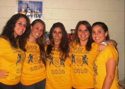 "W ""Dub"" U Homecoming!! T-Shirt Photo"