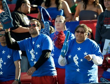 Manu Fanatiks @ Usa 7s 2011 T-Shirt Photo