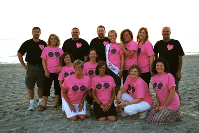 Love My Friends & Family! T-Shirt Photo