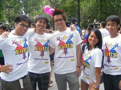 Fo Bs At Filipino Day Parade T-Shirt Photo