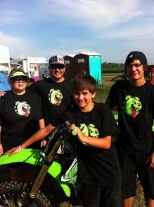 Bulldog Racing  T-Shirt Photo