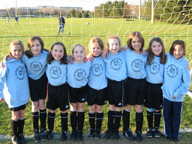 Huskies U8 Soccer Team T-Shirt Photo