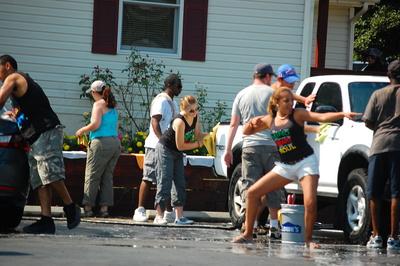 Fun In The Sun. Carwash! T-Shirt Photo
