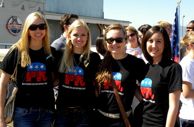 Pepperdine Showing Support T-Shirt Photo