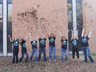 Education Majors Love Fall! T-Shirt Photo
