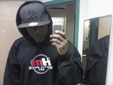 Hustle Muzic T-Shirt Photo