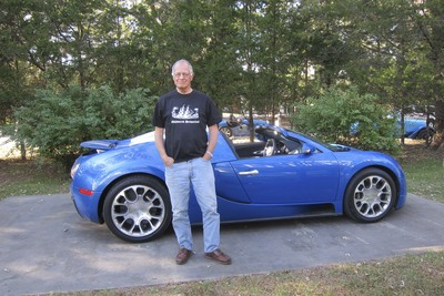 New Bugatti And Old Sailor T-Shirt Photo