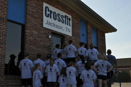 Cross Fit Jackson Supports West Tn Patriot Run T-Shirt Photo