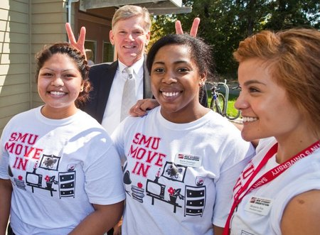 Freshmen Move In Fun With The Smu's President T-Shirt Photo