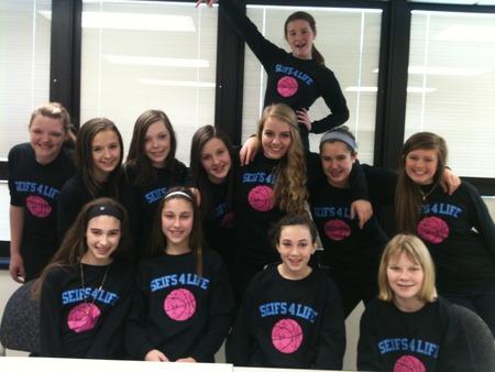 Basketball Team T-Shirt Photo