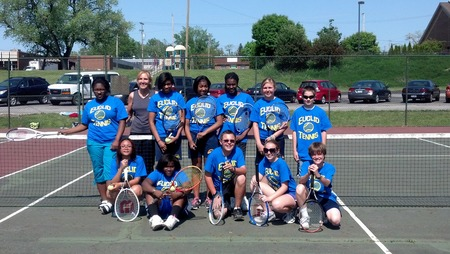 Euclid Tennis T-Shirt Photo