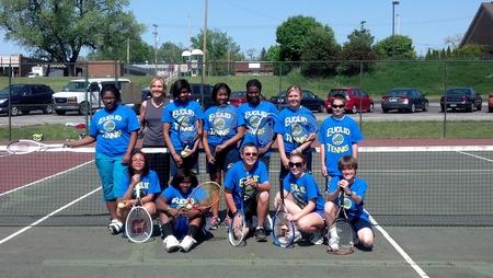 Euclid Tennis T-Shirt Photo
