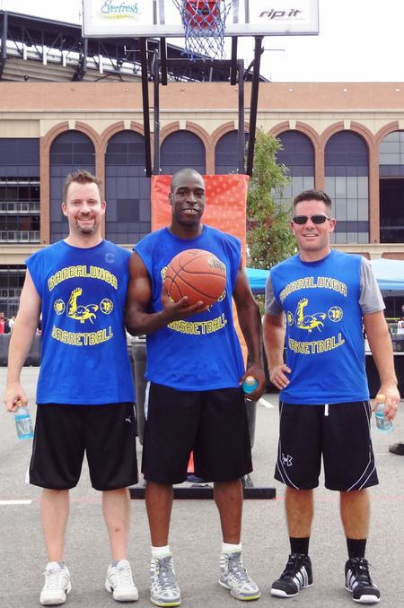 3on3 Champs! T-Shirt Photo