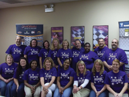 Chicago Walk To End Alzheimer's Mfb Team Picture T-Shirt Photo