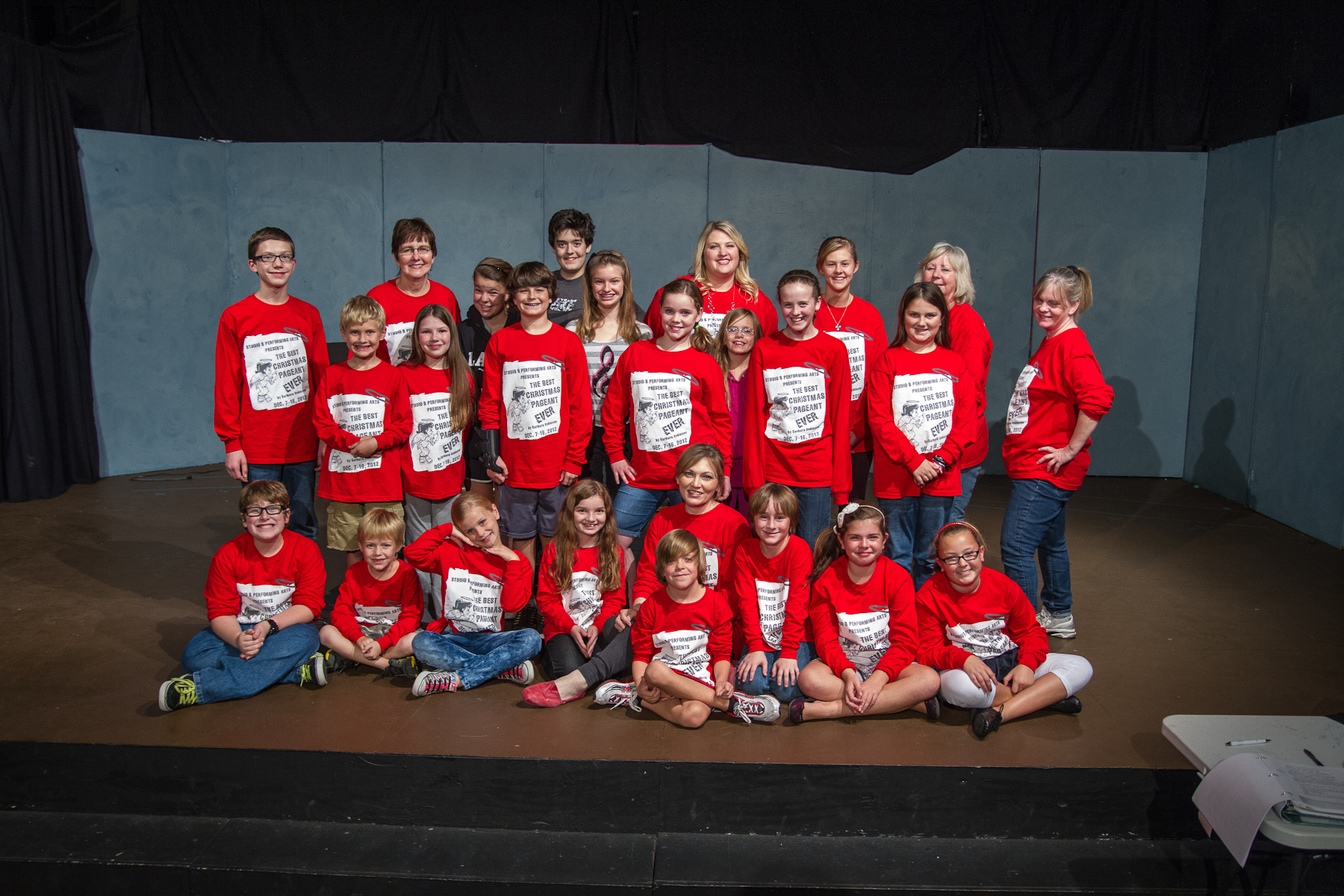 The Best Christmas Pageant Ever Cast T Shirt Photo