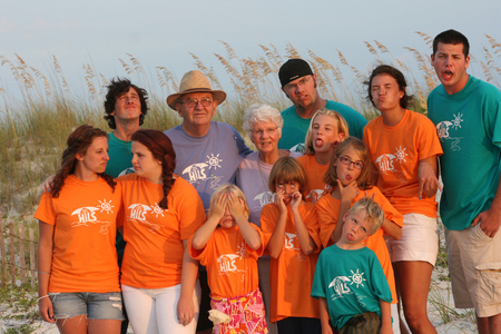 Papa, Grandma And Grandkids T-Shirt Photo