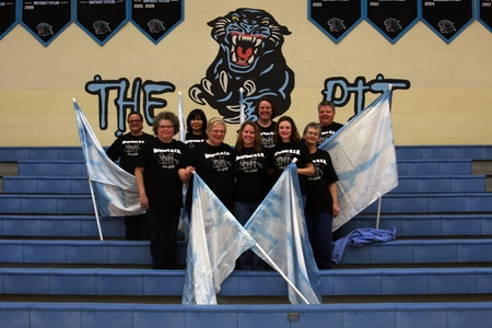Notorious M.O.M Color Guard T-Shirt Photo