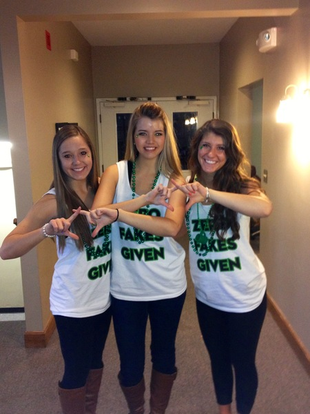 Chi Omega Loves Custom Ink! T-Shirt Photo