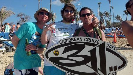 Trichrome Cruise T-Shirt Photo